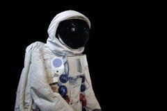 Tiro do baixo ângulo de Astronaunt e para isolar o fundo fotos de stock royalty free