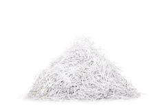 Tiro do estúdio de uma pilha do papel shredded Fotografia de Stock Royalty Free
