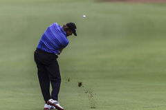Tiro do ferro de Goosen do golfe pro. Fotos de Stock