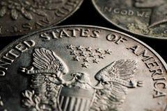 Tiro do macro do close up dos dólares de prata dos E.U. Imagem de Stock