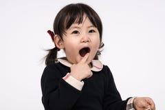 Tiro do retrato do estúdio do bebê asiático dos anos de idade 3 - isolado Fotografia de Stock