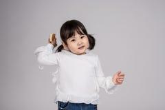 Tiro do retrato do estúdio do bebê asiático dos anos de idade 3 - isolado Imagem de Stock