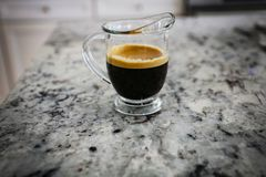 Tiro doble del café del café express fotos de archivo libres de regalías