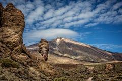 Tiro dramático da montagem vulcânica Teide com céu bonito imagens de stock