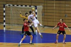 Tiro em suspensão do handball Imagem de Stock