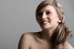 Tiro hermoso de un adolescente feliz Imagen de archivo libre de regalías