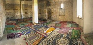 Tiro interior de uma mesquita velha em Taif, Makkah, Arábia Saudita foto de stock royalty free