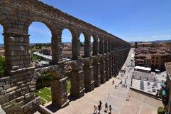 Tiro lateral oblicuo del acueducto en Segovia Arquitectura, viaje, historia fotografía de archivo libre de regalías