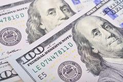 Tiro macro de 100 dólares de EE. UU. Imagen de archivo libre de regalías