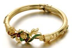 Tiro macro de la joyería del oro imagen de archivo