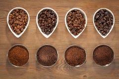 Tiro macro de los granos de café imagen de archivo libre de regalías