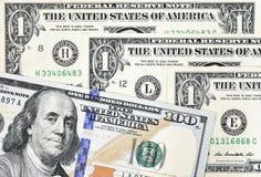 Tiro macro de nuevo 100 billetes de dólar y de un dólar Fotografía de archivo
