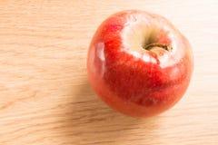 Tiro macro de uma maçã vermelha Imagens de Stock