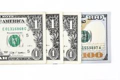 Tiro macro de umas 100 notas de dólar nova e de um dólar Foto de Stock Royalty Free