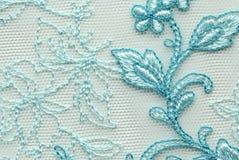 Tiro material de la macro de la textura del cordón blanco y azul de la flor Imagen de archivo libre de regalías