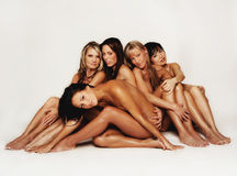 Tiro modelo do grupo no contexto chave elevado Fotografia de Stock Royalty Free