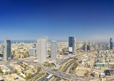 Tiro panorámico del teléfono Aviv And Ramat Gan Skyline fotos de archivo