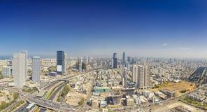 Tiro panorámico del teléfono Aviv And Ramat Gan Skyline fotografía de archivo