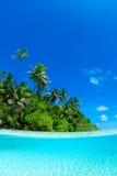 Tiro partido de la isla tropical Fotografía de archivo