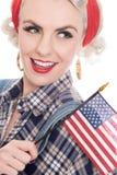 Tiro próximo apertado da mulher retro entusiasmado que comemora a sagacidade do 4 de julho Fotografia de Stock Royalty Free