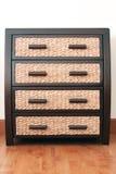 Tiroirs de rotin dans le coffret de tiroir Photographie stock