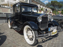 Tirol sul cars_2015_Ford clássico A Foto de Stock