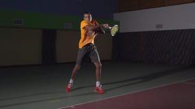 Tiros de tenis: Cuarto delantero (cámara lenta) metrajes