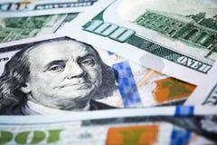 Tiros do close-up na lente macro alguns cem dólares da cédula Foto de Stock Royalty Free
