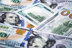 Tiros do close-up na lente macro alguns cem dólares da cédula Fotografia de Stock Royalty Free