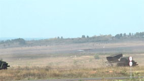 Tiros do graduado do sistema do lançamento do foguete do russo filme