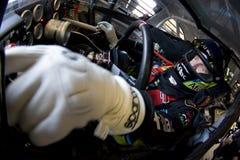 Tiroteio de Carl Edwards NASCAR Budweiser Fotografia de Stock Royalty Free