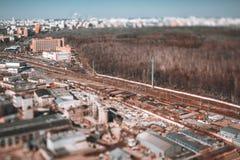 Tiroteo de Tiltshift de la pista de ferrocarril del punto álgido fotografía de archivo