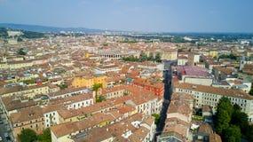 Tiroteo video aéreo con el abejón de Verona Fotos de archivo libres de regalías