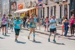 Tirs de reportage de marathon Colorrun Kiev 2017 Photographie stock libre de droits