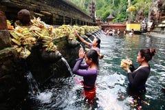 Tirta Empul świątynia, Bali, Indonezja. Obrazy Royalty Free