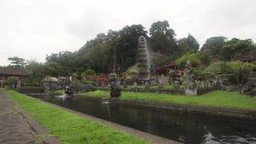 Tirta Gangga na Bali hinduska świątynia zbiory wideo