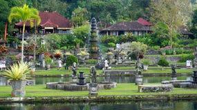 Tirtagganga寺庙水 免版税图库摄影