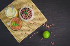 Tisana antiossidante fresca dalle bacche di goji fotografia stock libera da diritti