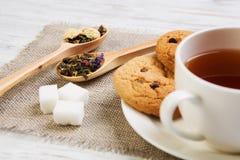 Tisana e cookies Foto de Stock Royalty Free