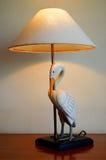 Tischlampe mit Vogel Lizenzfreie Stockfotografie