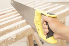 Tischlerarbeitskraftausschnitt-Holzbrett Lizenzfreies Stockbild
