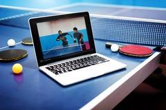 Tischtennis Ping-Pong Friends Sport Concept Lizenzfreies Stockfoto