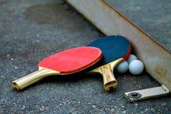 Tischtennisschläger lizenzfreie stockbilder
