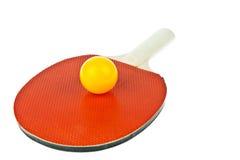 Tischtennisschläger und -kugeln stockfoto