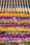 Tissage de métier à tisser de laine Image libre de droits
