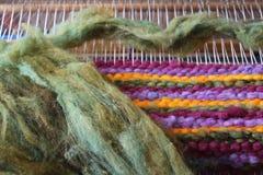 Tissage de métier à tisser de laine Image stock