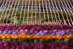 Tissage de métier à tisser de laine Photographie stock