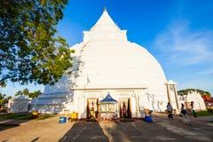 Tissamaharama Raja Maha Vihara lizenzfreie stockfotos
