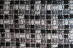 Tissu à carreaux profondément brodé gris image libre de droits