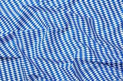 Tissu avec un modèle bleu blanc de diamant Images libres de droits